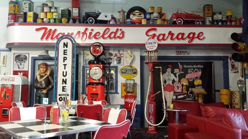 Cruzin In The 50 S Diner Heads Up Food Guide